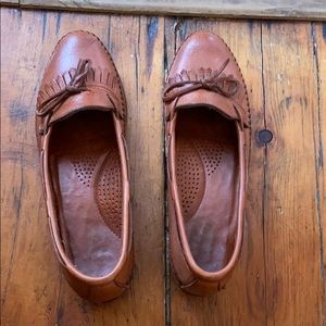Dexter Tanned Loafers.